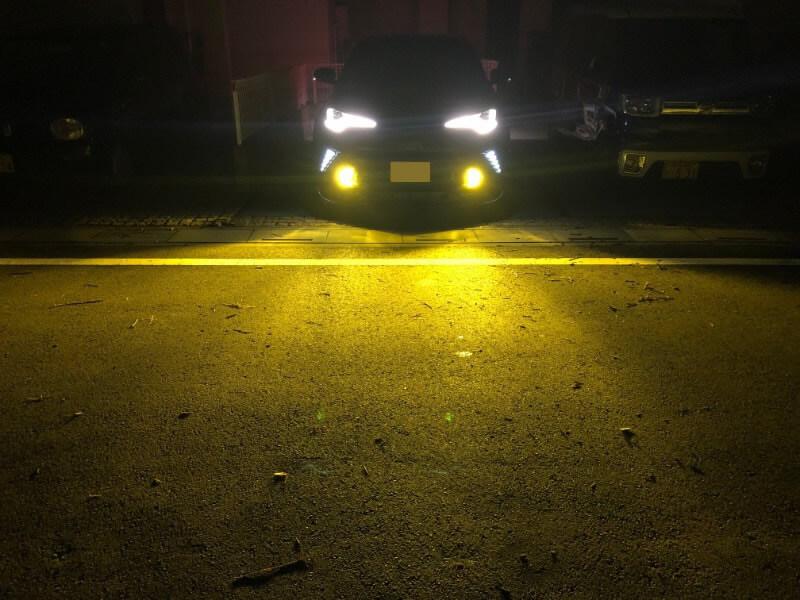 交換後 fcl.2色カラーチェンジLEDバルブの点灯照射