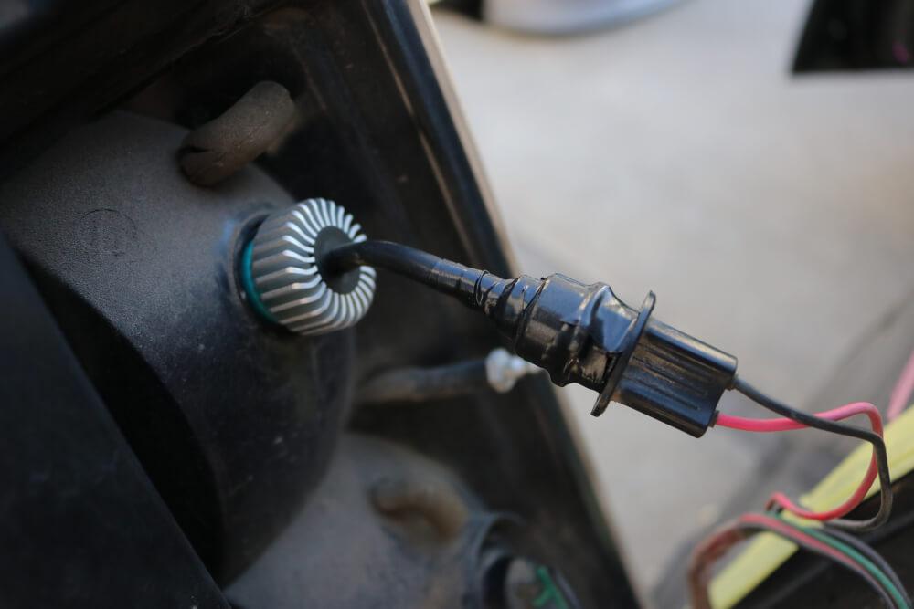 ワゴンRのバックランプをハイパワーLED化_LEDハイパワーバックランプ点灯確認