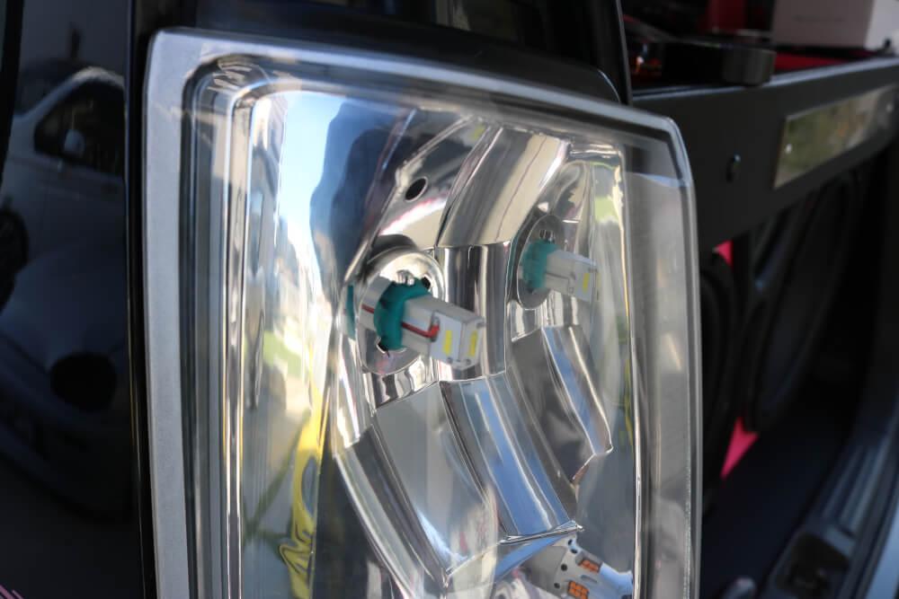 ワゴンRのバックランプをハイパワーLED化_LEDハイパワーバックランプ取り付け