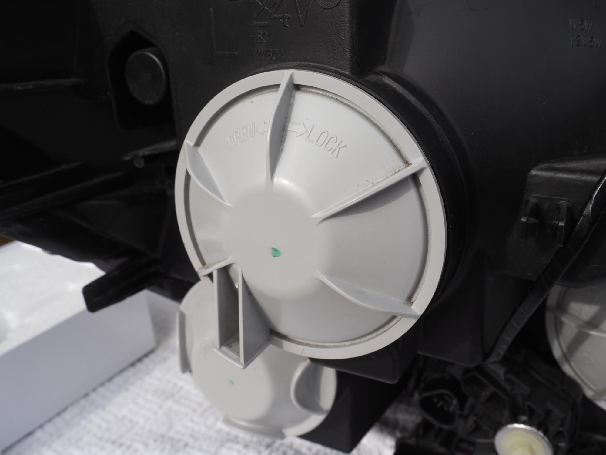 LEDヘッドライト交換作業の完了